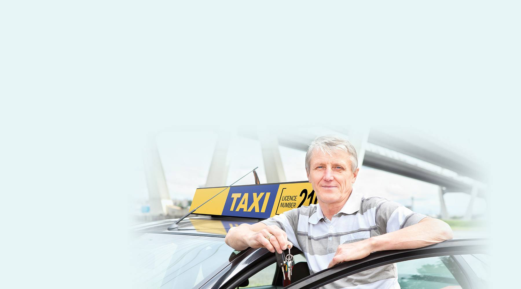 taxi driver holding keys allianz taxi insurance